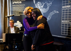 'She was amazing': Mary J. Blige sings at Central District Starbucks